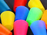 Colours-colorful-colored-plastic-cups