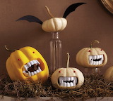 Mini-Pumpkin-Tableau-carving-halloween