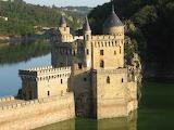 Castle 374 - La Roche, France