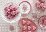 Love affair with macarons