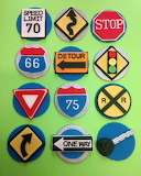 Road signs cupcakes
