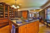 Kitchen (8 of 24)