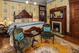 Master Bedroom (5 of 7)