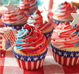 ^ July 4th cupcakes