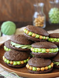 Mint chip whoopie pie