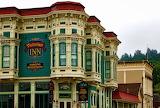 ☺♥ Victorian inn...