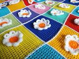 Blooming-flowers crochet blanket