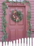 ^ Colonial Williamsburg Christmas