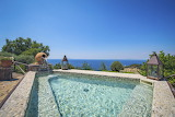 Luxury sea view spa pool in Italy