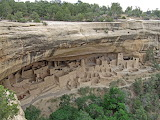 ^ Cliff Palace dwellings, Mesa Verde National Park, Colorado