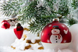Christmas Holidays Spruce Balls Snowmen 555646 1280x853
