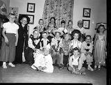 Easy Historic Children in Halloween Costumes