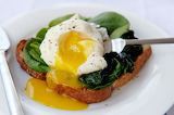 Bread-spinach-egg