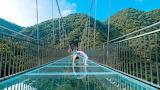 China, the longest glass bridge in the world