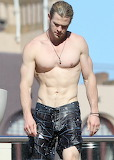 Chris Hemsworth 09