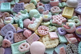 pastel snacks