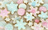 pastel snowflake cookies