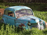 Rusty blue car