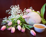 Teatime with tulips