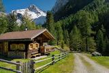 Cottage Austria - Royaltyfree from Piqsels id-fsixn