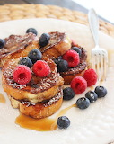 Mini French toast with berries