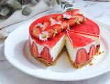 Strawberry vanilla mousse