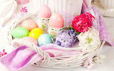 Easter-eggs-basket-hyacinths-flowers-spring-pink