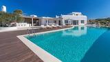 Beautiful rural white villa and pool