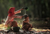 Village-life-indonesia-herman-damar-16