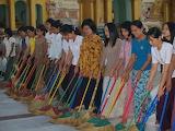 Myanmar Rangoon Corps de Balais