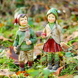 children-statuettes