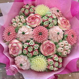 ^ Cupcake bouquet