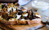 Caramelized-shallot-and-portobello-open-face-sandwich-1200x750