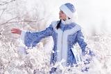 Девушка Снегурочка