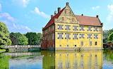 Burg Hülshoff, Wasserburg