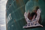old ship & anchor