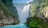 Cascadas-y-lagunas-increibles-3