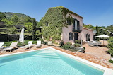 Luxury villa and pool in Sicily