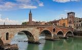 Ponte di Pietra sull'Adige-Verona