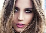Ana's Hazel Eyes