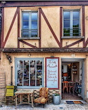 Shop La Roche Guyon France
