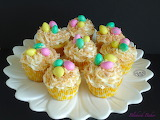 ^ Easter - Coconut bird nest cupcakes