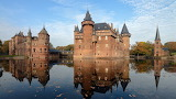 Fabulous castle on lake in the netherlands hd-wallpaper-1532007