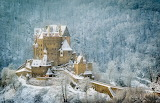 Castle eltz in winter