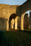 Ruines de la crypte saint léger