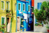 Burano-island-colored-houses