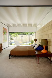 Mid-Century-Modern-House-With-Colorful-Furniture