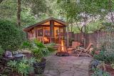 Absolutely Perfect Suburban Backyard - Enveloping Foliage Fire P