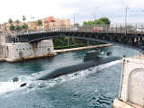 Taranto, submarine, harbor entrance, swing bridge, sea, sailors