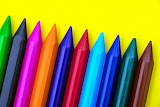 Colours-colorful-rainbow-crayons